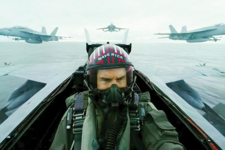 Tom Cruise in Top Gun: Maverick (2020), Facebook
