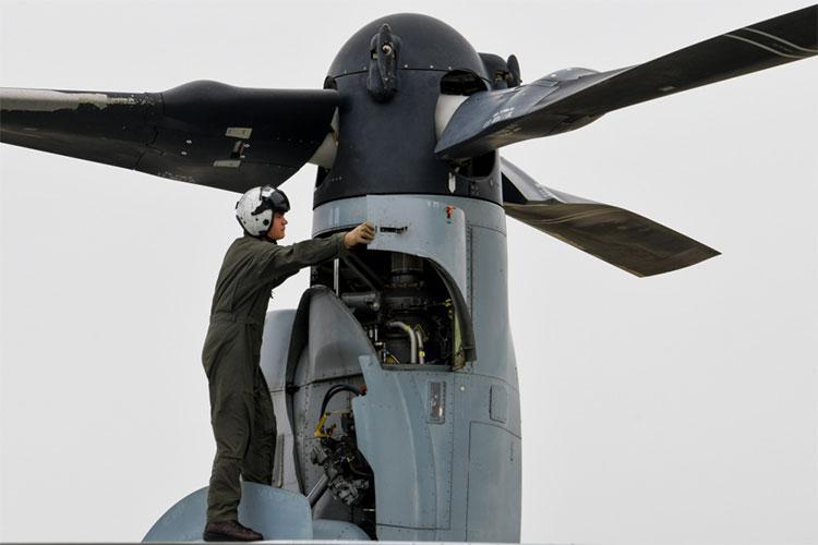 U.S. Navy photo by Mass Communication Specialist 3rd Class Benjamin Ringers