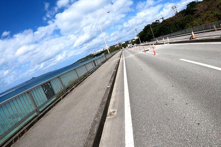 West Coast Road (Photos by Shoji Kudaka)