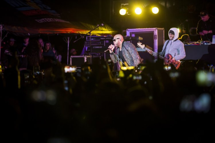 Rap artist Flo Rida performs at the 2019 Hansen Festival at Camp Hansen, Okinawa, Japan, Jan. 26, 2019. The festival was held to promote Japan-U.S. community relations with food, live music, and games. Flo Rida was the evening's headlining performance. (U.S. Marine Corps photo by Sgt. Timothy Turner)