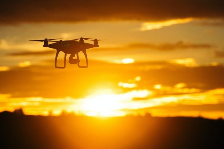 A revision to Japan's Civil Aeronautics Law will make it illegal by the end of September 2019 to fly a drone while under the influence of alcohol. COURTESY OF PIXABAY