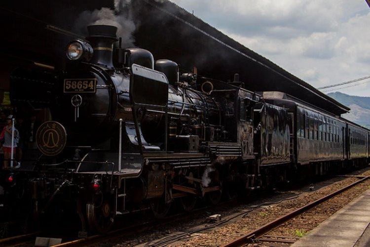 Riding the rails on SL Hitoyoshi in Kumamoto | Stripes Okinawa